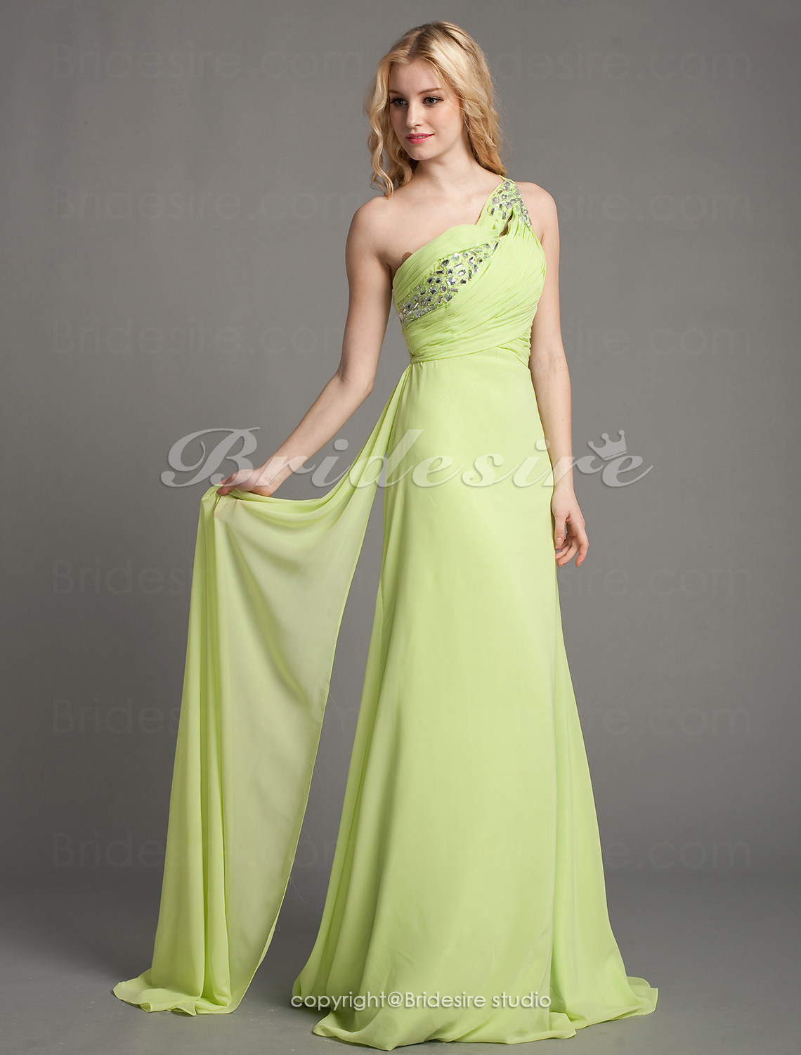 A-linje Chiffon Sweep Train One-Shoulder Aftenkjole